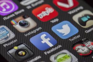 media-social-entreprise-avantages