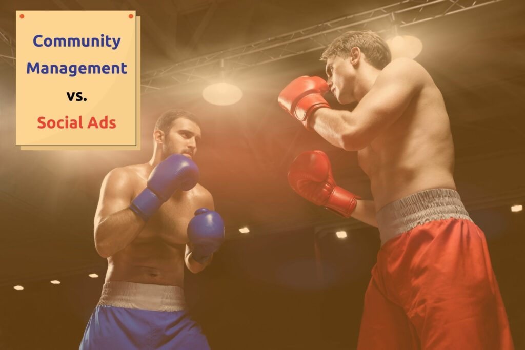 différences community management social ads